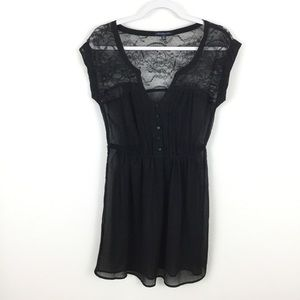 AMERICAN EAGLE OUTFITTERS LACE SHOULDER DRESS